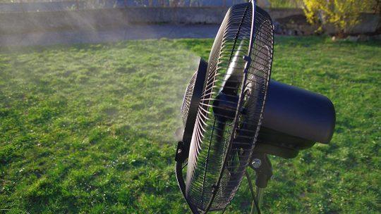 Quels sont les avantages que présente le ventilateur de brumisation ?